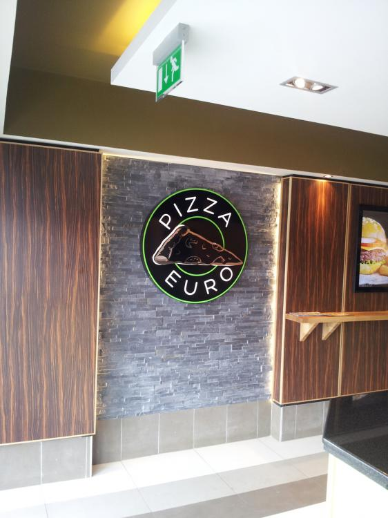 files/Gallery/projects/ceilings-and-walls/gallery_thumbs/Quay-Shopfitters-Euro-Pizza-01.jpg