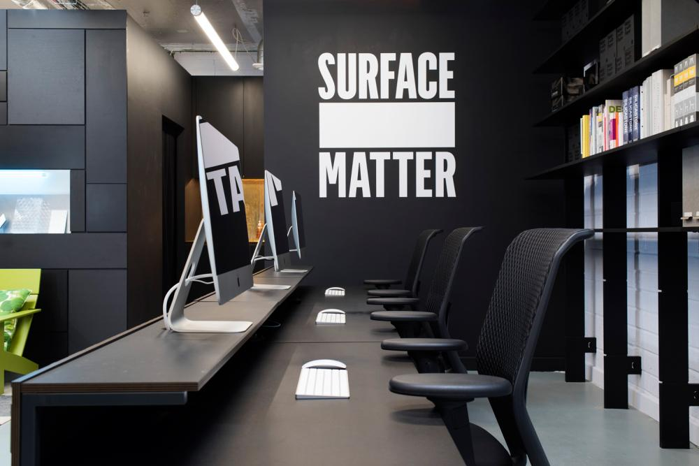 files/Gallery/projects/ceilings-and-walls/gallery_thumbs/Surface-Matter-showroom-03.jpg