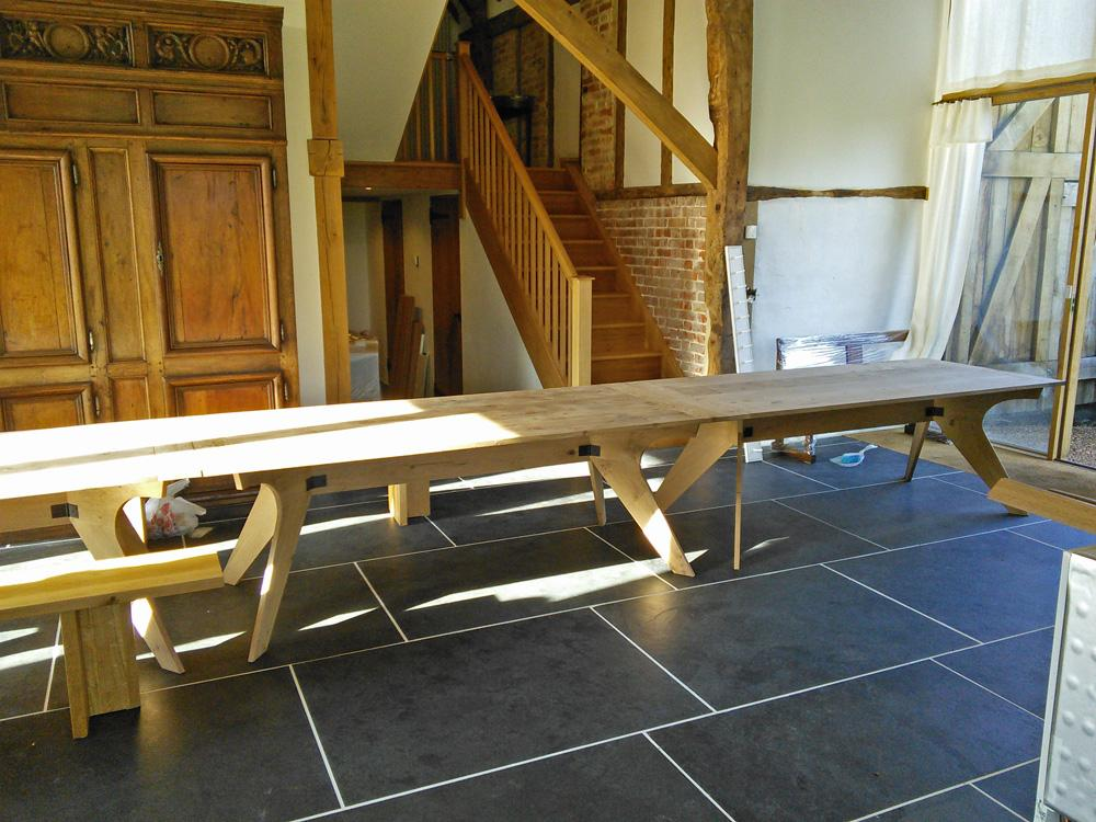 files/Gallery/projects/products-and-furniture/gallery_thumbs/Heritage-Oak-Table-01.jpg